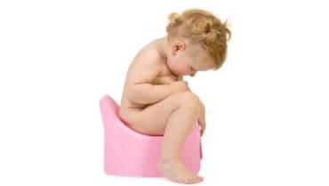 Baby_check_poop.jpg