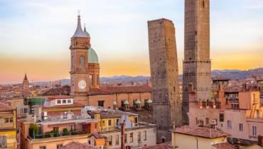 Bologna_Due_Torri.jpg